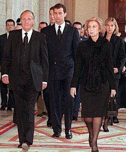 Funerales de la Realeza - Página 2 Reyes