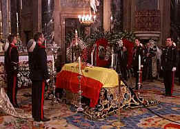 Funerales de la Realeza - Página 2 Velatorio